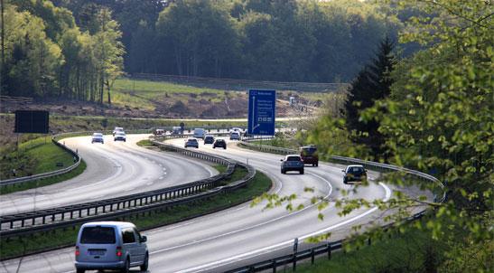 pomoc drogowa na autostradzie